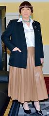 Birgit022939 (Birgit Bach) Tags: pleatedskirt faltenrock fauxleather kunstleder blouse bluse satin blazer