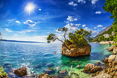 Rock On (TranceVelebit) Tags: croatia dalmatia brela makarska riviera biokovo dinaricalps dinaridi sea adriatic adriaticsea jadran summer fun swimm rock trees sunshine sky crystal clear transparent