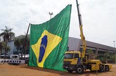 Mercedes-Benz Axor - DER-DF 001 (Autos - Brasil) Tags: derdf der estradas estradasderodagem estrada gdf transit transito operacaodetransito transitoperation brasilia mb mbenz mercedesbenz mercedes caminhao truck mb3344 mercedesbenz3344 mbaxor mercedesbenzaxor axor3344 axor imap gr15000 imapgr15000