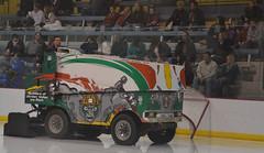 Media Com Ice Park - Springfield, Mo (Adventurer Dustin Holmes) Tags: sports hockey sport icehockey msu div2 zamboni collegehockey haca eishockey icebears hoki missouristateuniversity divisionii division2  divii  hokej 2013  hokejs hquei jgkorong hochei hokk    mediacomicepark ledoritulys hoci 02022013 020213 february22013