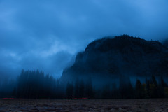Evening descends upon Yosemite (kern.justin) Tags: california justin fog clouds river evening nationalpark nikon rocks wind merced kern yosemite granite yosemitenationalpark bluehour kernjustin