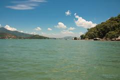 Porto Belo - SC (Dircinha -) Tags: brazil sky praia beach sc brasil clouds canon boats mar barcos cu portobelo santacatarina amricadosul dircinha gtyok