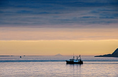 Aubery to Ailsa Craig (g crawford) Tags: sunset water boats riverclyde clyde boat sundown crawford ayrshire clydecoast firthofclyde