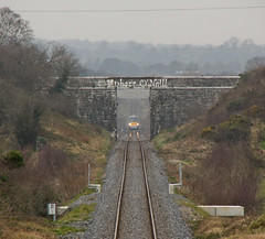 Tober Bridge / OBT 37 (finnyus) Tags: ireland irish train diesel rail railway trains explore railcar railways irishrail munster intercity dmu icr 2013 22057 multipleunit 3car iarnrdireann irishrailways intercityrailcar fluidr finbarroneill 3icr toberbridge obt37
