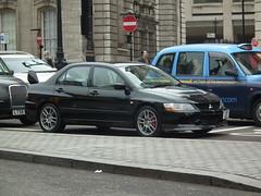 Evolution IX (kenjonbro) Tags: uk black london westminster trafalgarsquare 9 2006 lancer charingcross mitsubishi sw1 worldcars evolutionix kenjonbro 1997cc fujifilmfinepixhs10 fj06uvo