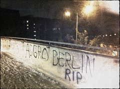 Neuperlach grüßt Berlin! (Casey Hugelfink) Tags: bridge snow berlin night munich münchen graffitti rap gangsta neuperlach thug aggroberlin haltdiefresse