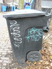 vegan and herts (httpill) Tags: streetart chicago art graffiti vegan tag graf herts