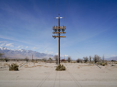 Owens Valley (Night Owl City) Tags: california usa telephonepole manzanar owensvalley inyocounty manzanarnationalhistoricsite
