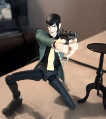 A Sharp Shooter Even With Hand Cuffs (Dash Of Salt Photography) Tags: lupin lupiniii revoltech lupinthethird