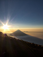 acate05 (Expedicion Extrema Guatemala) Tags: sunset sky cloud naturaleza sun sol nature clouds atardecer volcano nuvola sonnenuntergang guatemala natur himmel natura cielo sole sonne nube vulcano volcan vulkan bruma abenddmmerung acatenango