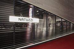 NATUZZI BOOTH @SALONE DEL MOBILE with I-MESH (I-MESH) Tags: wall booth installation salonedelmobile panelling scenography natuzzi imesh sailmakerinternationalspa gaetanoleogrande