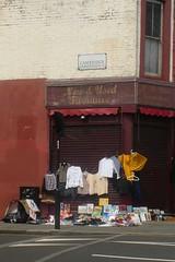 New and used furniture (mistigree) Tags: londres portobello portobellomarket nottinghill angleterre vtement march