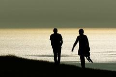 Hold my hand (crusader752) Tags: silhouettes silhouette englishchannel sea seascape horizon water glistening cliffs cliffwalk birlinggap