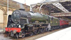 46115 Scots Guardsman at Preston (Jeff Mckever) Tags: 46115 scots guardsman the cumbrian mountain express preston 3rd september 2016 steam loco royal scot class 7p 460