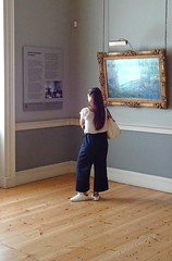 Courtauld Gallery, London (Snapshooter46) Tags: courtauldgallery london artgallery woman oilpainting people viewer