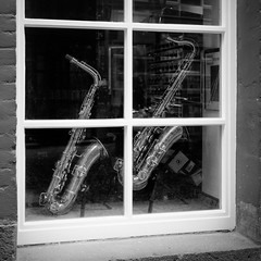 Window Sax, Cologne (1mpl) Tags: olympusomdem1 germany travelphotography cologne streetphotography bw monochrome niksilverefexpro