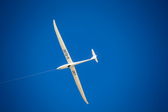 Towed Glider (Nomis.) Tags: canon eos 700d t5i rebel canon700d canoneos700d rebelt5i canonrebelt5i tow towed aerotow glider gliding fly flying blue sky skies sk201509170555editlr sk201509170555 aviation lightroom wales airport shellisland