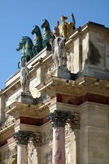 Dtail de l'arc du Carrousel (frediquessy) Tags: paris arc carrousel empire architecture chapiteau corinthien soldat arcdetriomphe