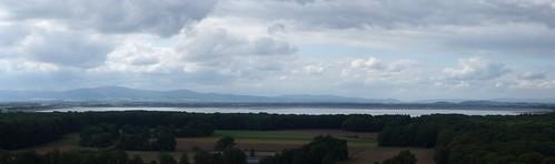 Jezioro Otmuchowskie z wieży zamku w Otmuchowie