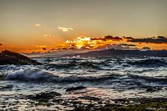 Atardecer en Los Capellanes (Sunset on the Beach of Chaplains) (aldairuber) Tags: sunset españa atardecer mediterraneo tarragona salou costadorada rememberthatmomentlevel4 rememberthatmomentlevel1 rememberthatmomentlevel2 rememberthatmomentlevel3