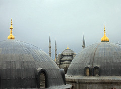 Blue mosque seen from the Hagia Sophia (by_irma) Tags: museum turkey minaret trkiye istanbul mosque bluemosque cami hagiasophia turkije architectuur sultanahmet ayasophia mimari moskee sultanahmetcamii sultanahmetmosque byzantijns blauwemoskee sultanahmetmoskee istanbullovers