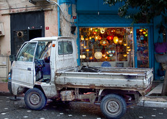 Tired Suzy (vetaturfumare - thanks for 2 MILLION views!!!) Tags: lamp truck super istanbul lamps suzuki ornate carry sultanahmet