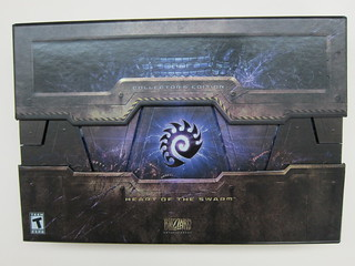 Starcraft 2 - Heart Of The Swarm - Collector's Edition