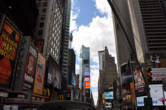 NYC13-03-017 (Tai Pan of HK) Tags: nyc newyorkcity usa ny newyork us manhattan eastriver hudsonriver empirestate algonquin hudson newyorkstate delaware muncie bigapple mannahatta cityofnewyork thebigapple lenape manhattanisland monsey minsi mannahata nieuwamsterdam citythatneversleeps lennilenape algonkin munsee mauritiusriver nouvelleangoulme munsiiw minnesink mansiwak