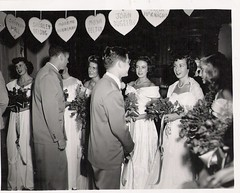 University of Southern California Valentine's Ball (912greens) Tags: flowers women couples balls parties romance pearls valentines valentinesday menandwomen folksidontknow