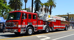 LOS ANGELES FIRE DEPARTMENT (bravo457) Tags: lafd americanlafrance losangelesfiredepartment lafire losangelesfire truckcompany lacityfire