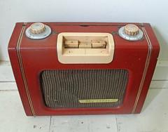 Ever Ready Sky Leader (roger.cook6@btinternet.com) Tags: ever ready sky leader transistor radio receiver lm