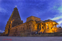 Big Temple (M V Clikz) Tags: bigtemple tanjore raja chozan cholas cholakingdom bulbmode
