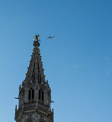 Grote markt, Brussels (PurePhotography~Thiagu S) Tags: grote markt grand place stadhuis brussels aeroplane