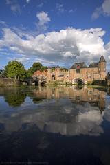 koppelpoort ii. (kvdl) Tags: nederland koppelpoort amersfoort kvdl summer july reflection clouds architecture netherlands canonef1635mmf28liiusm