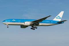 KLM / B772 / PH-BQD / EHAM 18 (_Wouter Cooremans) Tags: eham ams amsterdam amsterdamschipholairport amsterdamschiphol schiphol avgeek aviation airplanespotting spotting spotter klm b772 phbqd 18