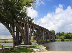 Memorial Bridge over Coosa River at Gadsden Alabama   MG_1437 (Exploer 9/17/2016) (John W East AU58) Tags: bridge river memorial gadsden coosariver