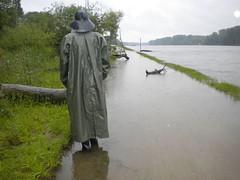 DDSCN00391_FL (helani44) Tags: gummimantel gummihut gummistielel regenmantel regenhut hunter outdoor r