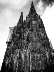 The Cologne Cathedral (megorgar) Tags: bw white black cathedral dom cologne kln scaffold sw rhein schwarz klnerdom weis baugerst