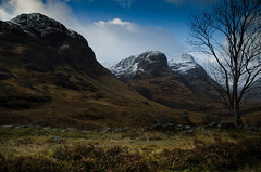 Three Sisters Glencoe (Belhaven2011) Tags: blue sky cloud tree landscape scotland nikon scenic scottish threesisters glencoe 1685 bideannambian aonachdubh gearraonach beinnfhada 1685mm nikond7000 belhaven2011 johnlawsonbelhaven