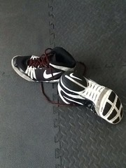 Nike Freeks Black and White size 11 (kidNJ120) Tags: white black shoes wrestling nike og oe wrestlingshoes freeks nikewrestling bnib rulons kolats combatspeeds inflicts uploaded:by=flickrmobile flickriosapp:filter=nofilter