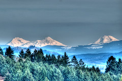 North Sister, Middle Sister, South Sister (A Nartist) Tags: threesisters nikond200 300mmf45h