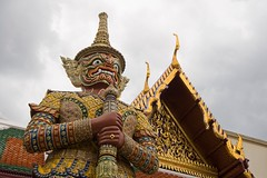 (piper969) Tags: bangkok statua royalpalace palazzoreale rattanakosin uploaded:by=flickrmobile flickriosapp:filter=nofilter