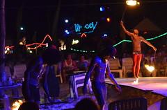 Thailande 2013 - Concentration (Nicolas Bathany) Tags: light beach thailand fire nikon thai nikkor kohphiphi krabi thailande cotcpersonalfavorite nikonafs5018g