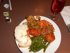 Italian Lunch Buffet (Mr. Ducke) Tags: ri food italian pawtucket mamaspumonis