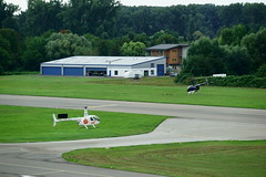 Robinson R44 Raven II (Lutz Blohm) Tags: robinsonr44ravenii dhnel helicopter hubschrauber rundflug airportspeyer flughafenspeyer fe70300goss sonyalpha7aii