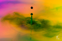 Tema Foto-000045 (Tor Magnus Anfinsen) Tags: water drops colour purple green yello norge norway reflection