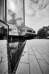 Frankfurt  Deutsche Bank b&w (rainerneumann831) Tags: frankfurt deutschebank blackwhite architektur linien