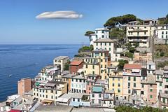 Riomaggiore (Giovanni Giannandrea) Tags: rimazu liguria laspezia cinqueterre italy seascape riomaggiore italia