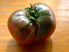 Heirloom tomato from our backyard garden (ali eminov) Tags: fruits vegetables tomato heirloomtomato food