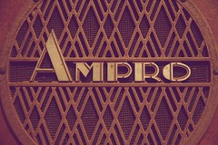 Ampro (peet-astn) Tags: speaker ampro grille mesh box tannoy pa vintage pretoria voortrekker monument antiques fair voortrekkermonumentantiquesfair voortrekkermonument antiquesfair loudspeaker rocknroll